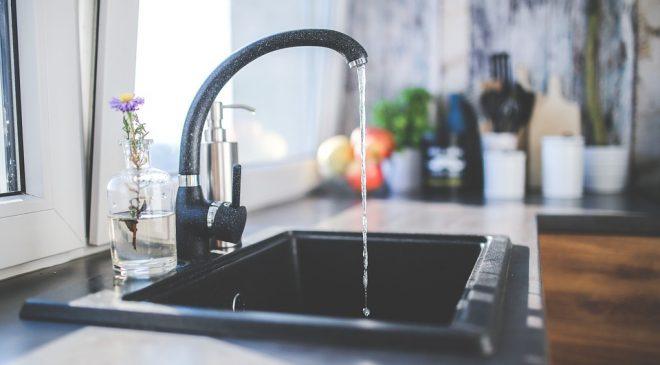 filtrowanie wody z kranu