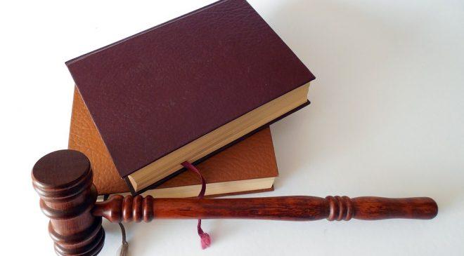 Porady prawne - jak wybrać prawnika?